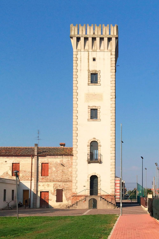 Tribano_Torre civica