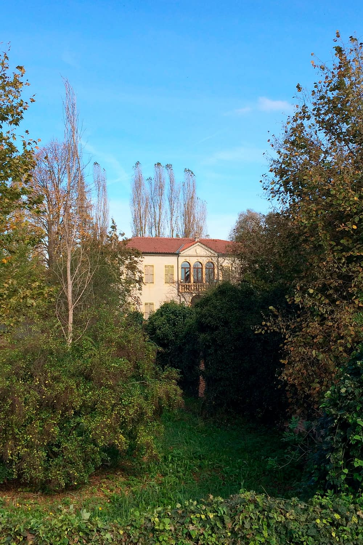 Anguillara Veneta_Villa Arca del Santo nel verde della campagna