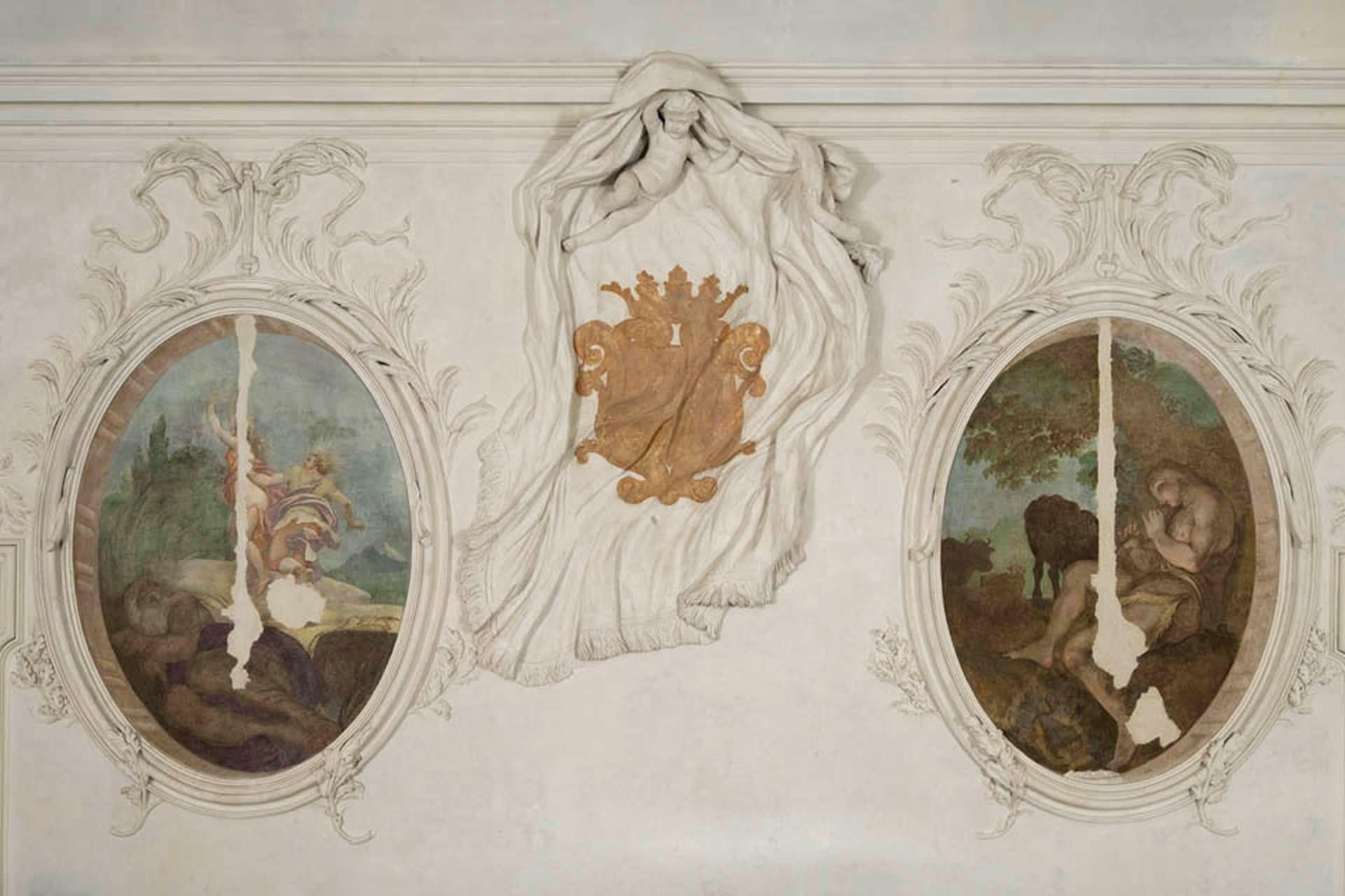 Bagnoli di Sopra_Dettaglio degli affreschi del Palazzetto Widmann