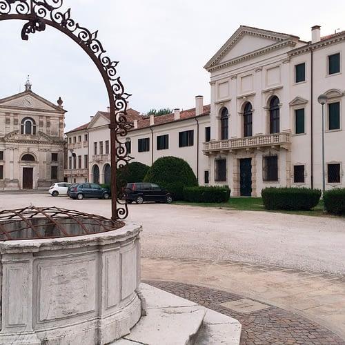 Bagnoli di Sopra_Chiesa di San Michele, Villa Widmann e pozzo