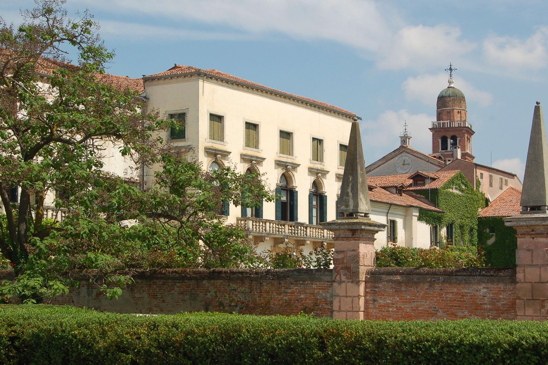 Bagnoli di Sopra_Vista da giardino di Villa Widmann Borletti